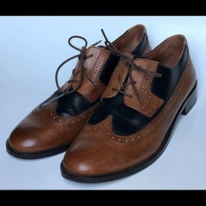 Johnston And Murphy Leather Wingtip Oxfords 10